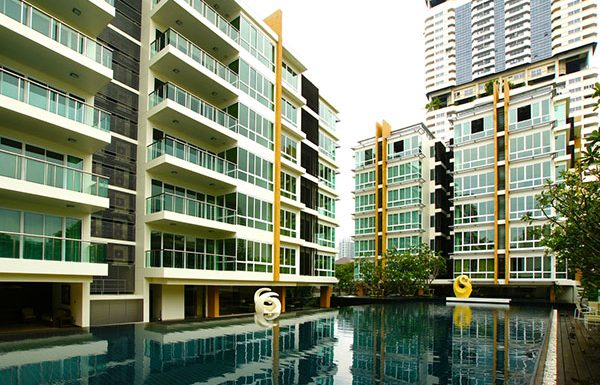 belgravia-residences-bangkok-condo-for-sale-swimming-pool
